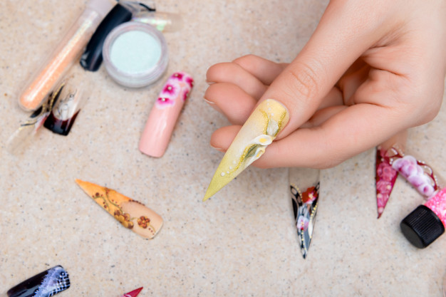 artsy nails
